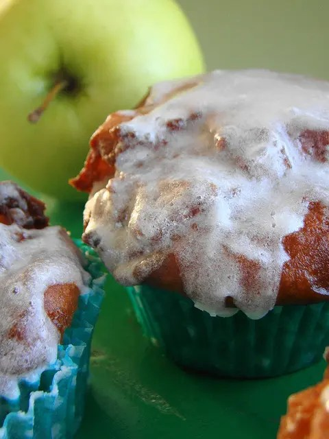 Recipe for Apple Fritter Cupcakes