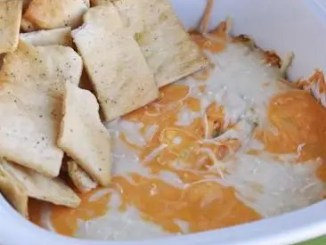 Recipe for LIGHT Cheesy Buffalo Chicken Dip