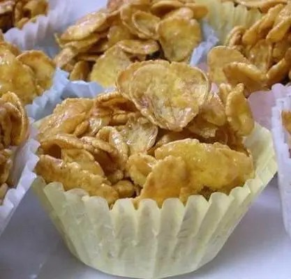 Recipe for Sweet and Crunchy Cornflake Cupcakes