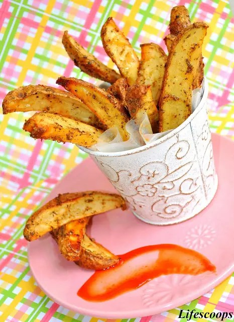 Recipe for Baked Potato Wedges - For those looking to cut down on calories that come with the fries, here is a healthier alternative, Baked Potato Wedges.