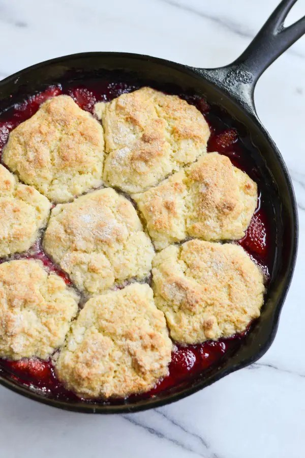 Looking for a perfectly delicious spring dessert, bursting with fresh berry flavor? This Strawberry-Raspberry Cobbler fits the bill perfectly!