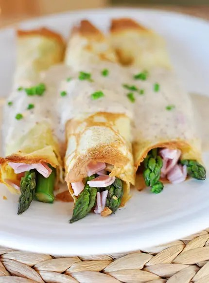 Ham and Asparagus Crepes with Mornay Sauce
