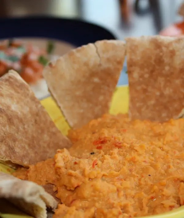 Roasted_Red_Pepper_Hummus