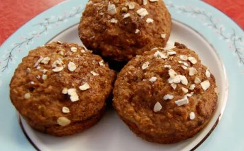 The children are crazy about theseLow-Fat Applesauce Muffins and they are usually unimpressed with my baking because they are not fans of the healthy substitutions I try.