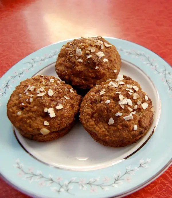 Recipe for Low-Fat Applesauce Muffins