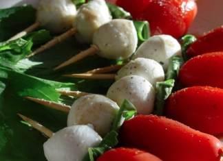 Recipe for Caprese Salad Skewers