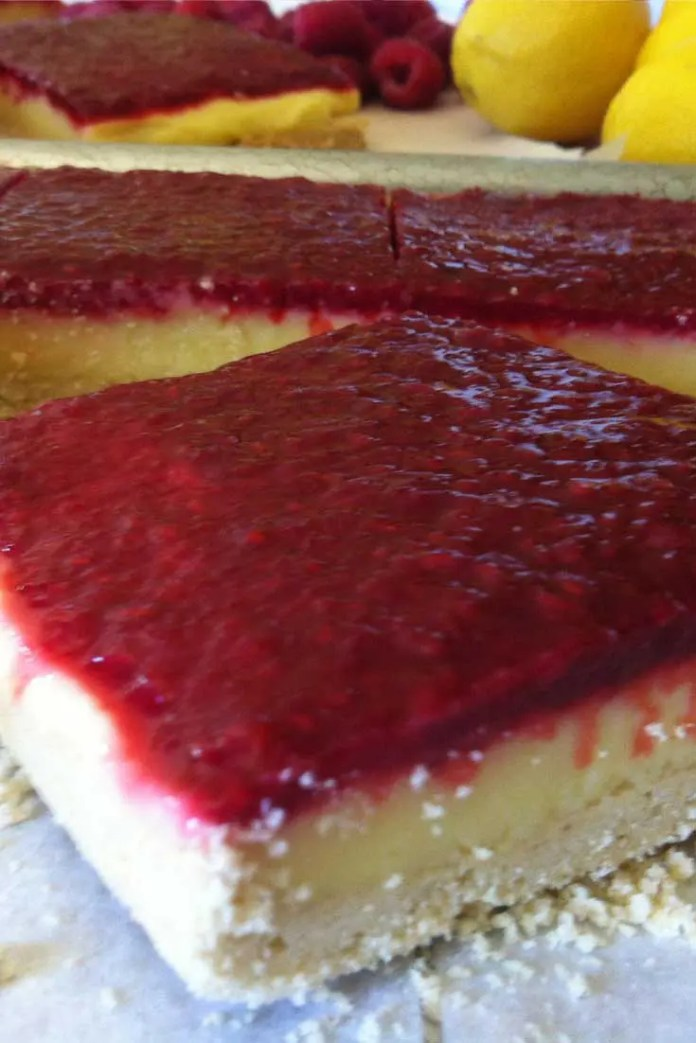 This Lemon Raspberry Bar recipe was inspired by Chef Thomas Kellers' Lemon Meringue Bar from the French Laundry Cookbook. #lemon #raspberry #dessert #dessertbars