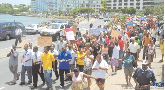Public servants march for more pay in 2009:  Are we about to witness a repetition in the coming days?