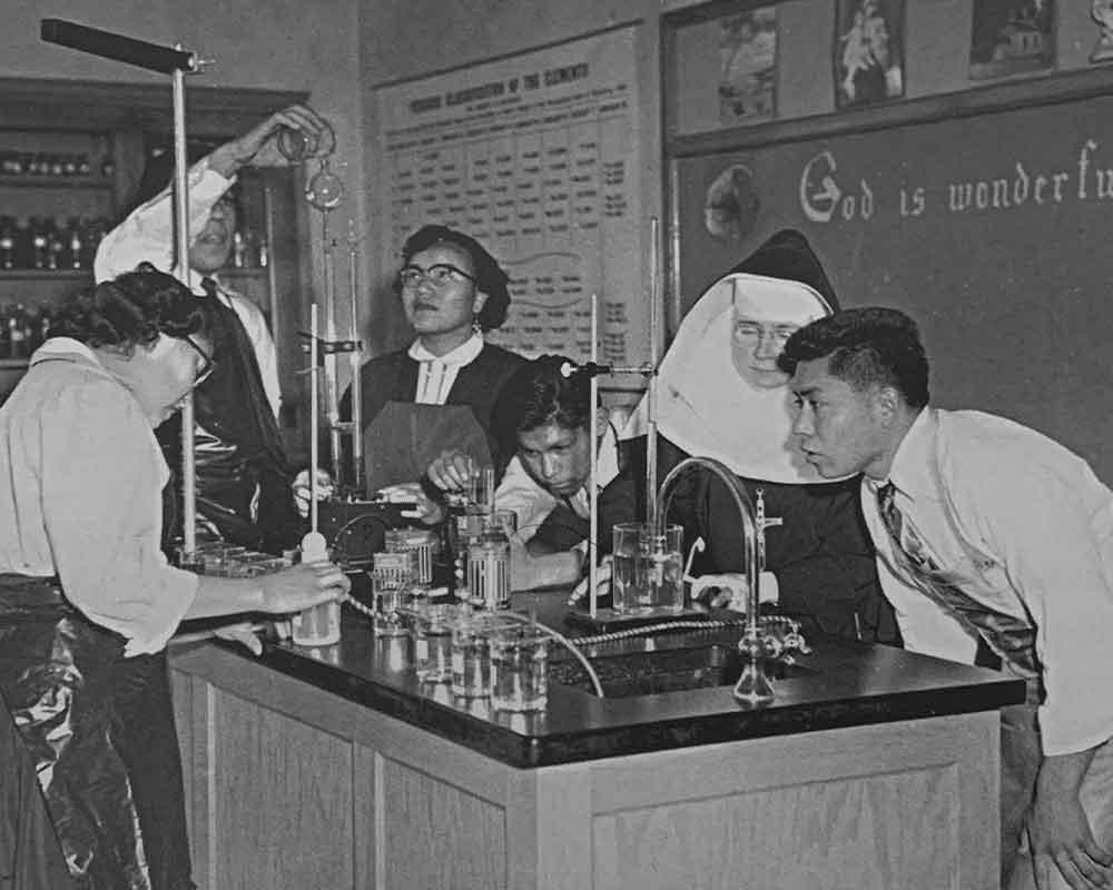 timeline-chemistry-lab
