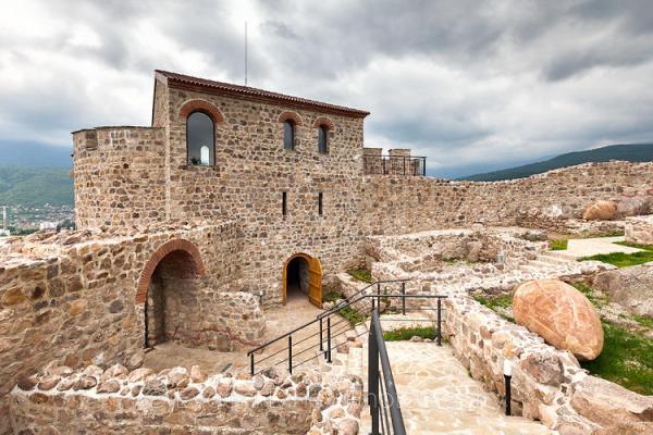 Крепост Перистера в Пещера - Фотобанка