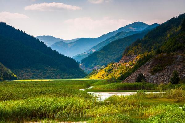 Долината на Ерма река - Фотобанка