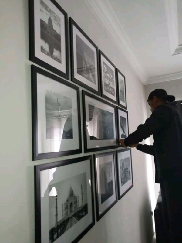 HANG PICTURE FRAMES IN NIGERIA