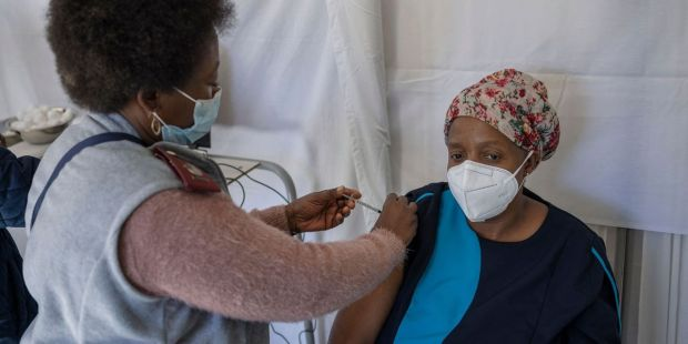 Coronavirus Update: CDC and FDA say vaccine booster shots not currently needed