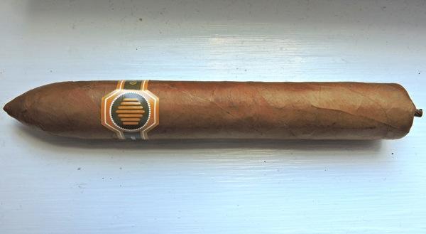 La Colmena Unico Especial by Warped Cigars