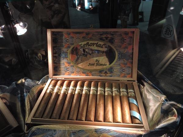 Las Cumbres Tabaco Señorial by José Blanco Box