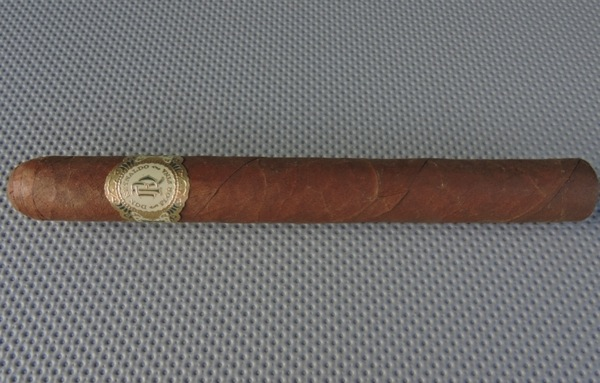 Don Reynaldo Royal Corona De Luxe by Warped Cigars