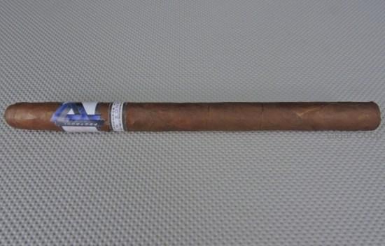 Protocol_Lancero_by_Cubariqueño_Cigar_Company__
