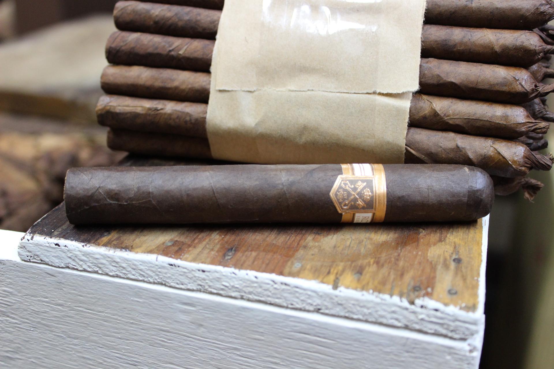 Rodriguez Cigars – Series 84 Maduro – Cigar Review – Stogie