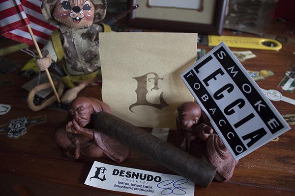 Leccia Tobacco Desnudo