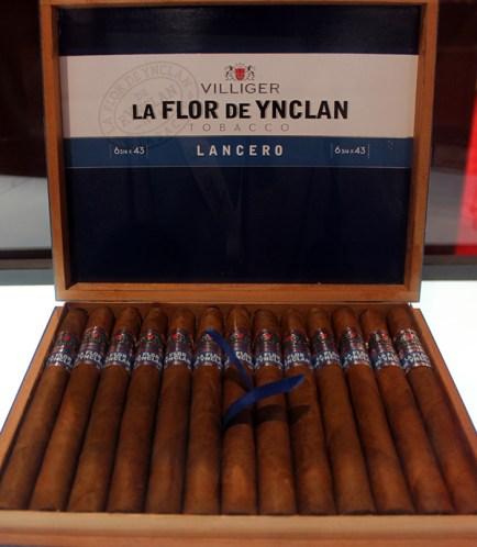 Villiger La Flor De Ynclan Lancero Especial
