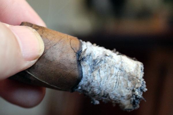 DAV Cigars Habano Clasico Short Robusto