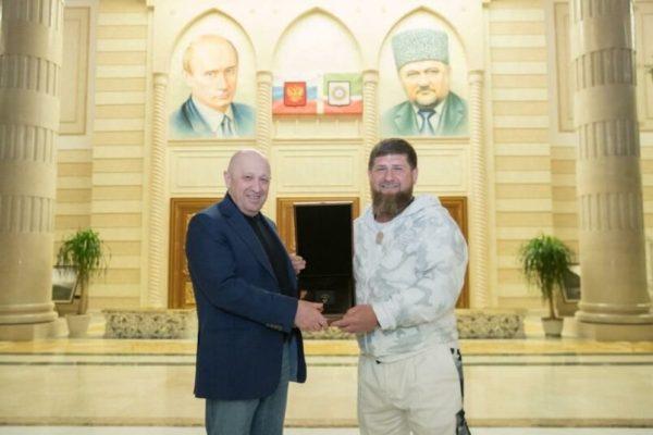«Упакуйте вознаграждение в чемоданчик» — Кадыров сообщил ...