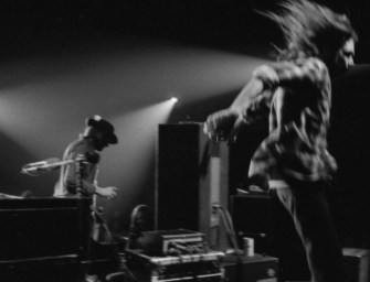 Neil Young, Pickin' a Song or Two