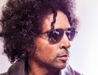 William DuVall Goes It Alone