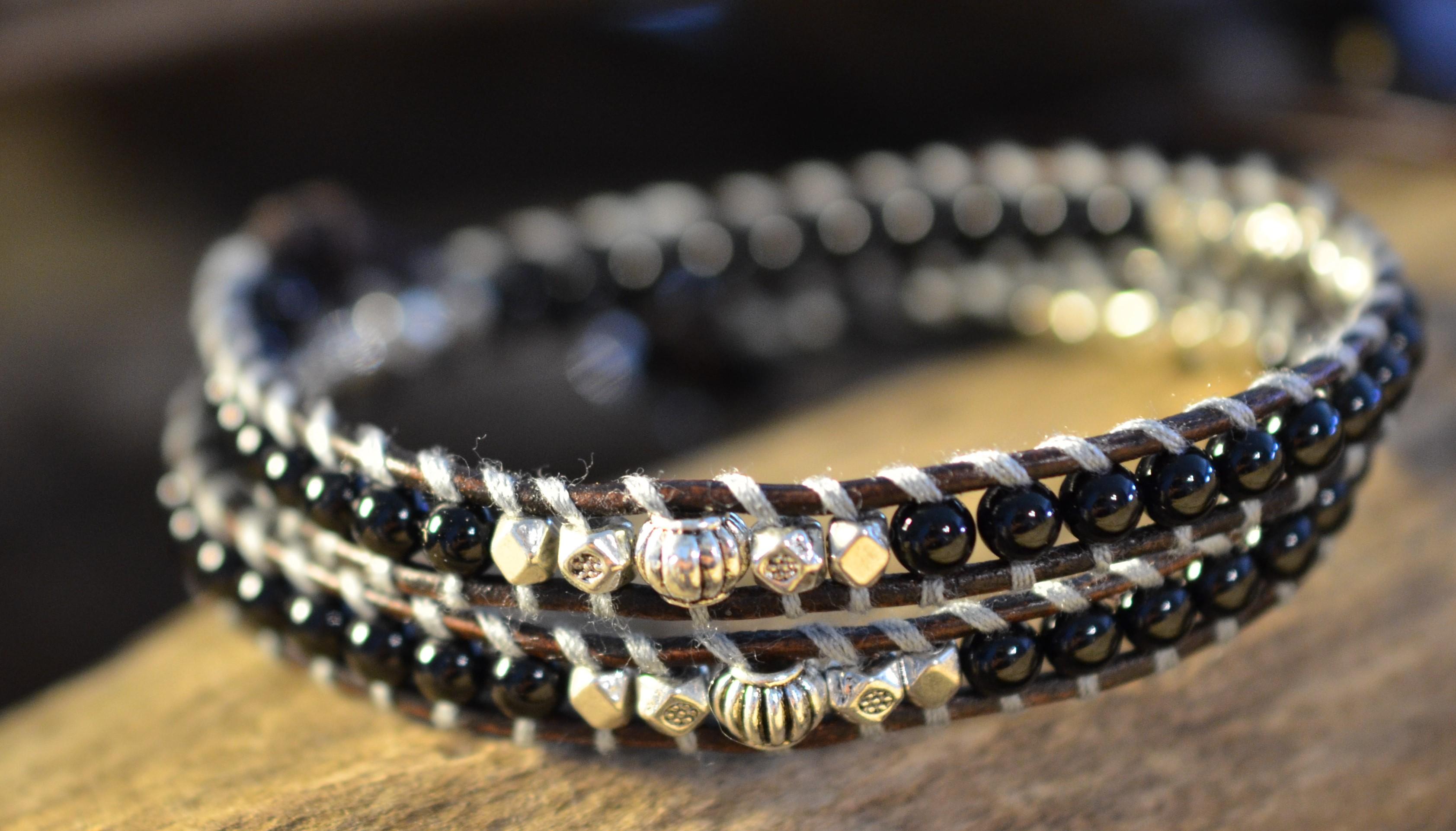 stone-era-natural-stone-bracelet-for-men-double-onyx-manon-tremblay-ottawa-leather-wrap-handmade