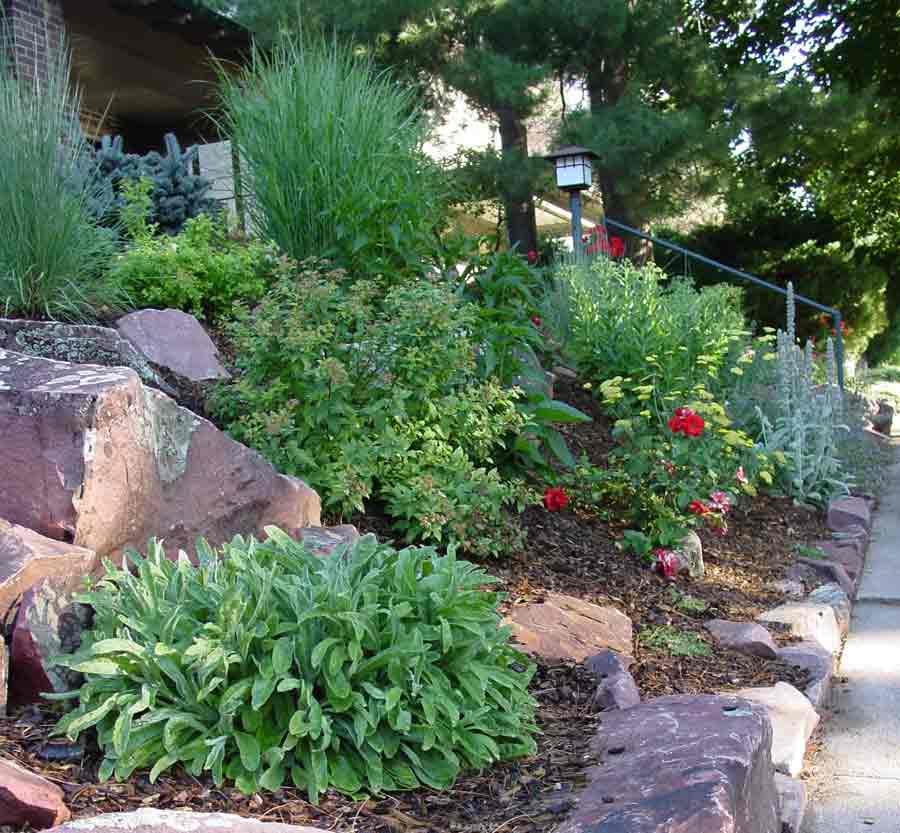 Mountain Style Bungelow Portfolio by Stonegate Gardens of ... on Mountain Backyard Ideas id=14686