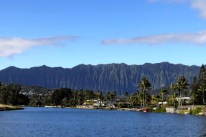 ハワイ山脈|ぱくたそフリー写真素材
