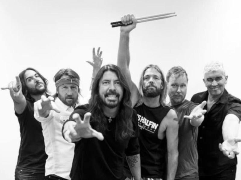 Foo FIghters, Just Play, Stonemusic, News