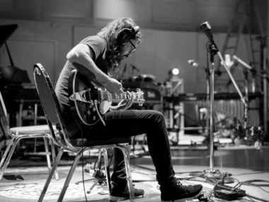 Dave Grohl, Brandi Carlile, busker, Seattle, Let It Be, Classic Rock, news