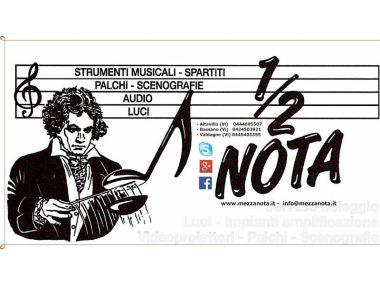 Negozi, musica, Mezzanota Strumenti Musicali , Valdagno (VI), Veneto, Italia