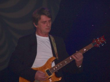 Mike_Oldfield_NOTP_2006_02