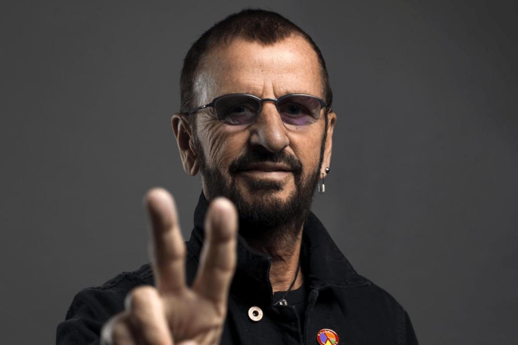 """""""Grow Old With Me"""": l'omaggio di Ringo Starr a John Lennon"""