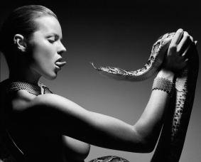 Snake Kiss
