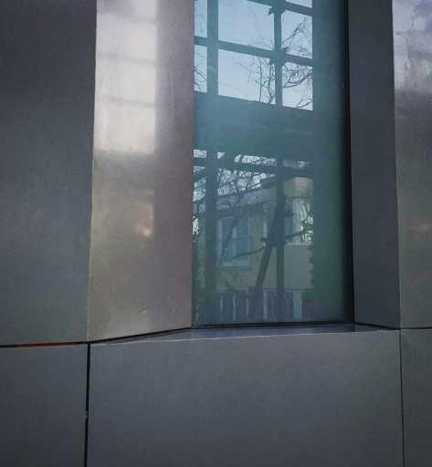 STONESCREEN Aerolite© cladding: window detail.