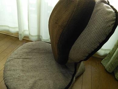 腰痛予防 川井先生 椅子