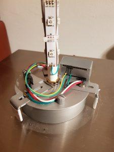 Sockel der Photonlampe mit Elektronik