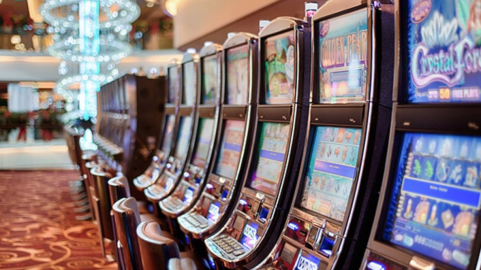 Regulators Warn Bookmakers That FOBT Cuts Alone Are Not Enough