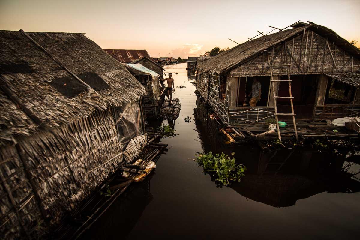 米吉列水上浮村 (MeChrey)