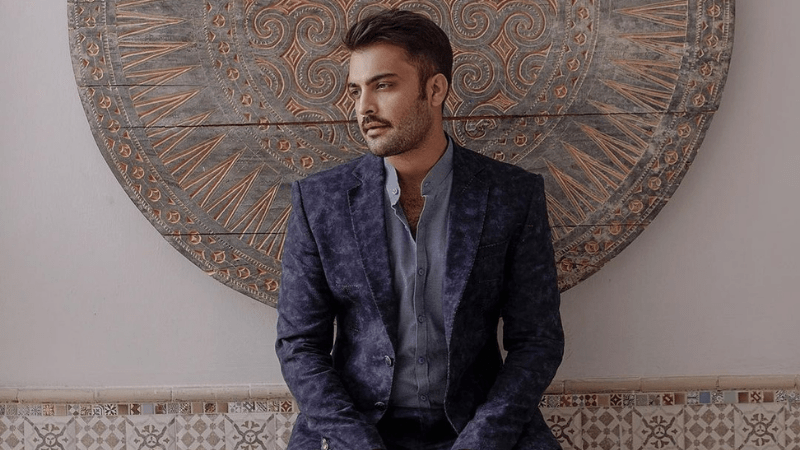 Actor Asad Siddiqui announces he has tested positive for Covid-19, urges others to get vaccinated too - Celebrity