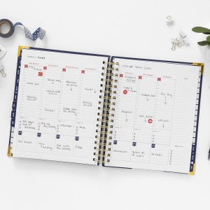 Weekly planning grid of the Navy Living Well Planner. Using a Planner to Boost Your Weight Loss | A Living Well Planner Review | Getting Back on Track with Weight Loss, How to Lose Weight, Weight Loss Tricks, Diet