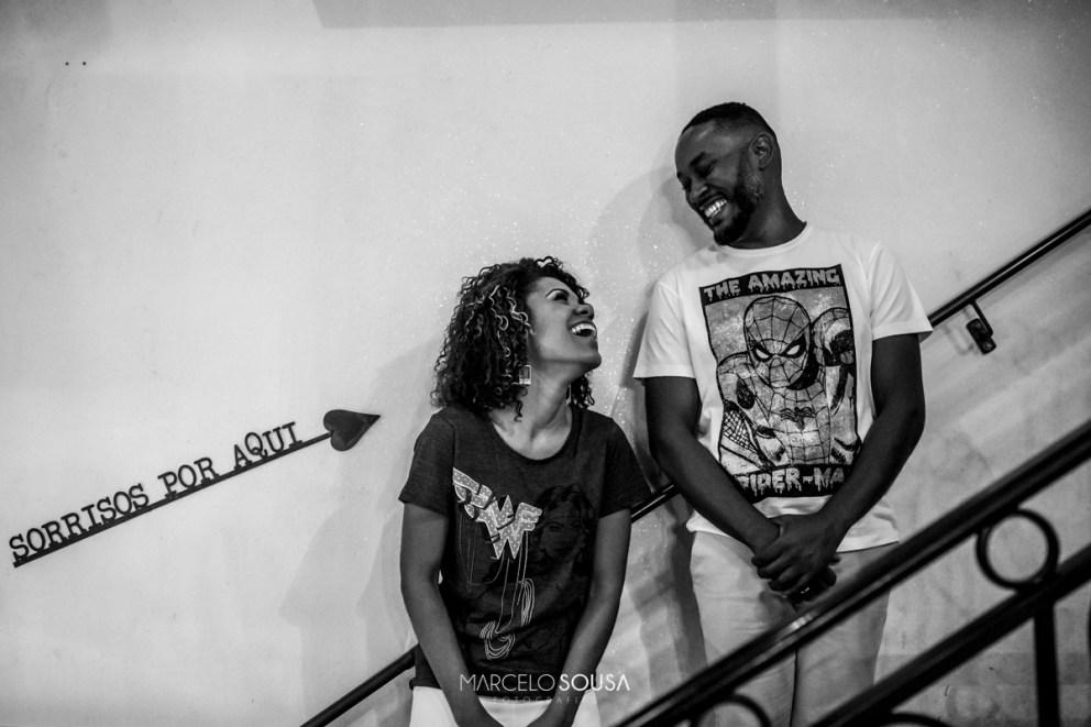 casal no bar calles em Aracaju sorrisos