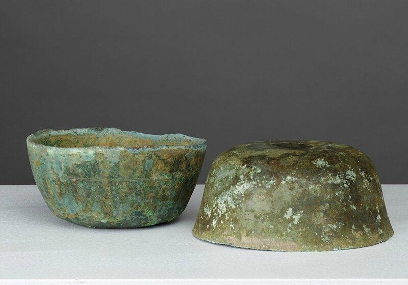 Lot composé de deux bols, Vietnam, période Hán Việt, 1°–3° S
