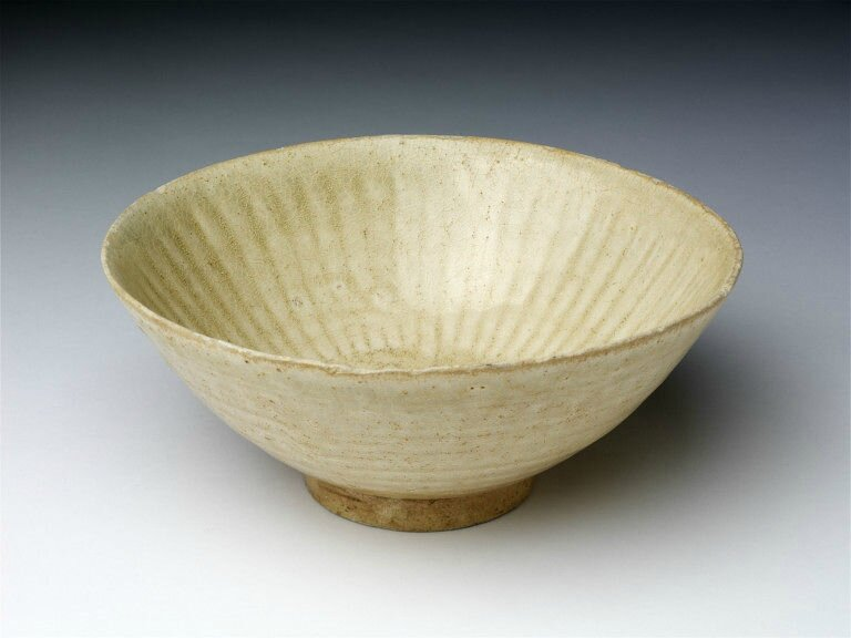 Stoneware bowl with greenish-tinged glaze, Vietnam, 13th century
