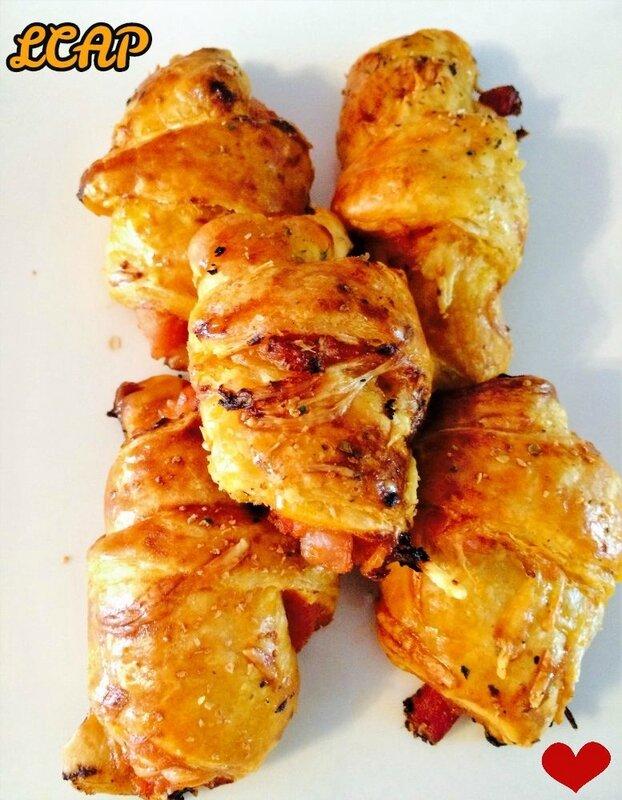 croissants aux lardons pesto rouge et emmental- la cuisine d'anna purple (2)