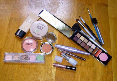 Make_up_n_14_produits