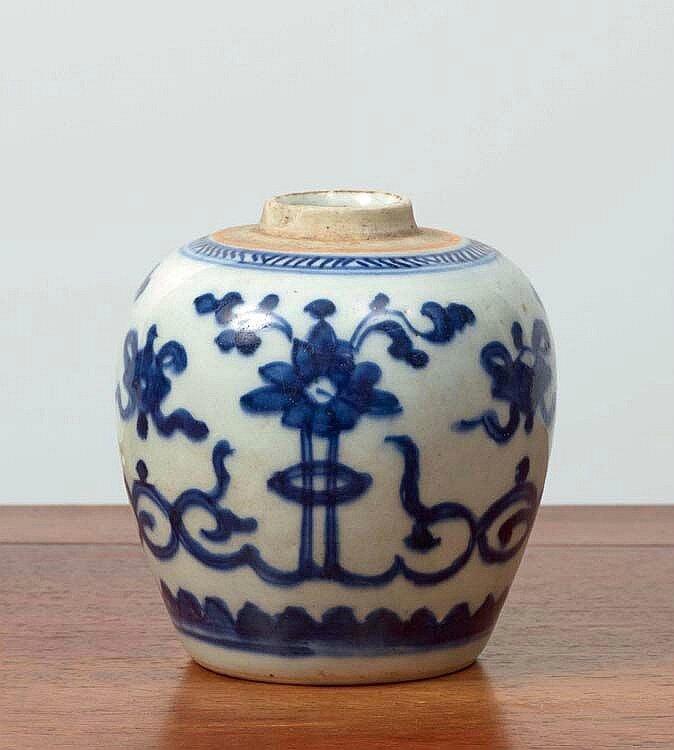 Petite jarre, Chine pour le Vietnam, dynastie Nguyễn (1802 - 1945)